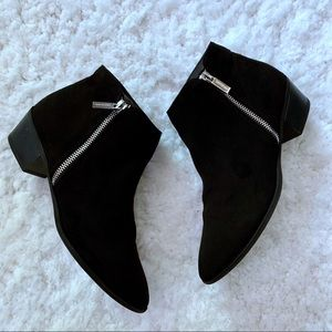 Express Black Pointed Toe Ankle Booties SZ 8